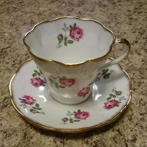 Montrose Teacup & Saucer